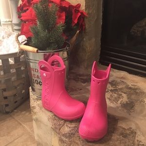 Crocs pink rain boots